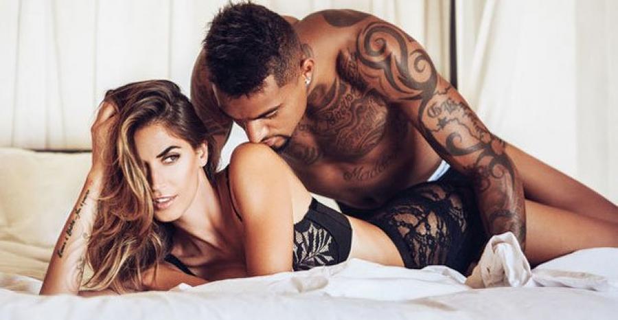 Actualidad Actualidad Sexo diez veces a la semana... y desnudos en la ducha: la caliente relación un futbolista y su mujer
