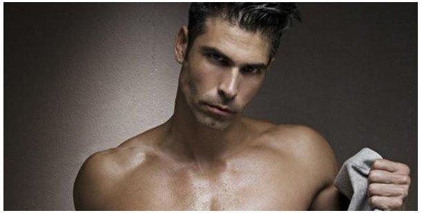 Actualidad Actualidad El reconocido modelo y periodista argentino que se volvió una estrella del porno gay